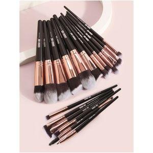 18 piece makeup brush set eyeshadow blush